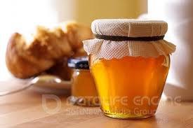 Про відречення від світу і баночку меду