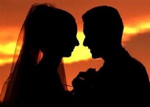 """Все у свій час, або """"Що молода пара робить у першу шлюбну ніч?"""""""