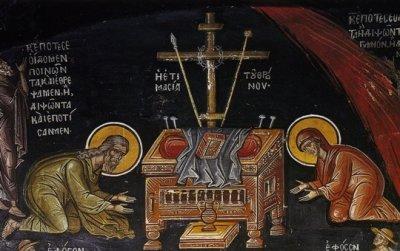 Як  поводитися  у храмі на час Великодня?
