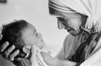 Чудові поради про виховання дітей від матері Терези