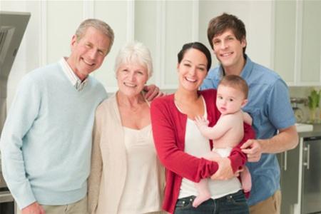 Як подружжю побудувати гармонійні стосунки з батьками