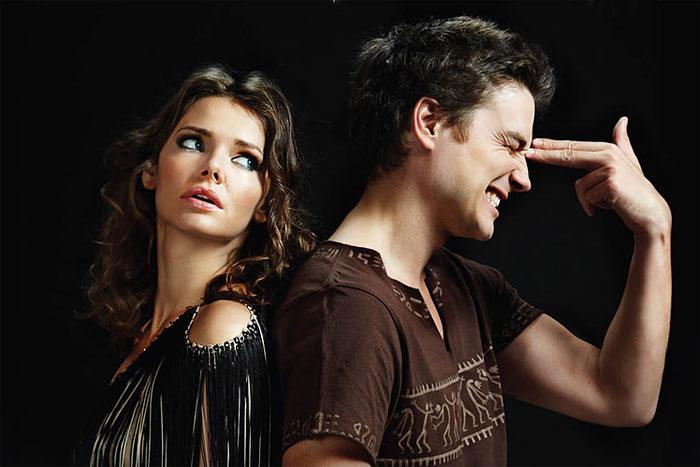 Жіночі звички, які найбільше дратують чоловіків