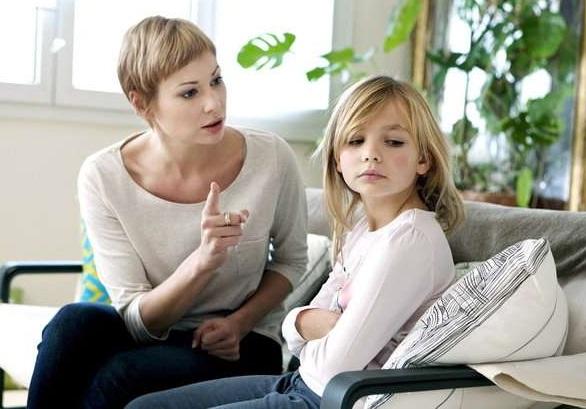 Часто навіть добрі батьки несвідомо калічать своїх дітей
