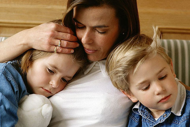 Знищення мами або Що відбувається, коли бракує батька?