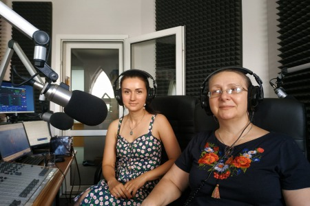 """""""Щоденна Євхаристія і Причастя можуть стати ресурсом сили невиспаної молодої мами"""", – Людмила Гридковець"""