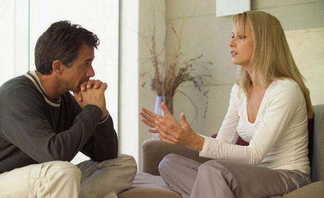 Як жінці розповісти чоловікові про свої почуття