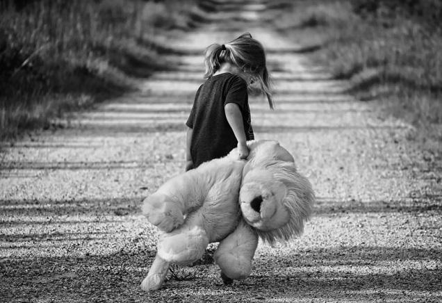 7 ознак недолюбленої дитини