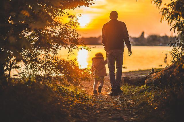 Уся справа в татові: Мама дає життя, а тато – силу жити